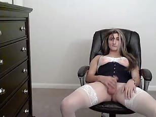 Great Webcam Show by Teen Crossdresser