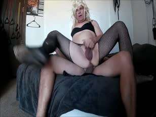 Sissy Bottom Slut Sucking and Getting Fucked