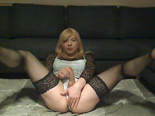 sexy slut sandy ready to be fucked