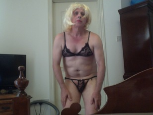Sissy Trying On Different Things