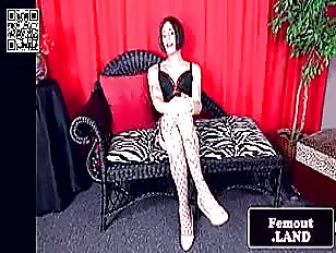 Trans Sandy jerking and cuming hands free