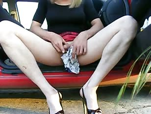 Amazing Wanking in Heels