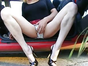 Fancy Crossdresser Masturbates Outdoor