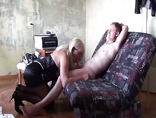 Amateur Cd Blonde Takes Care of New Lover