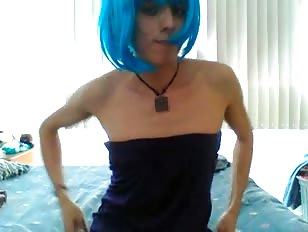 Young Amateur Crossdresser Jerks Cock and Cums