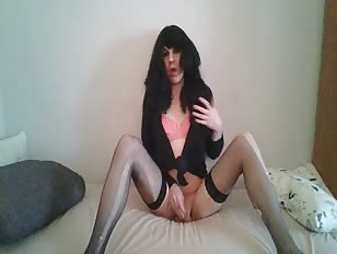 Sissy Crossdresser in Amazing Solo Action